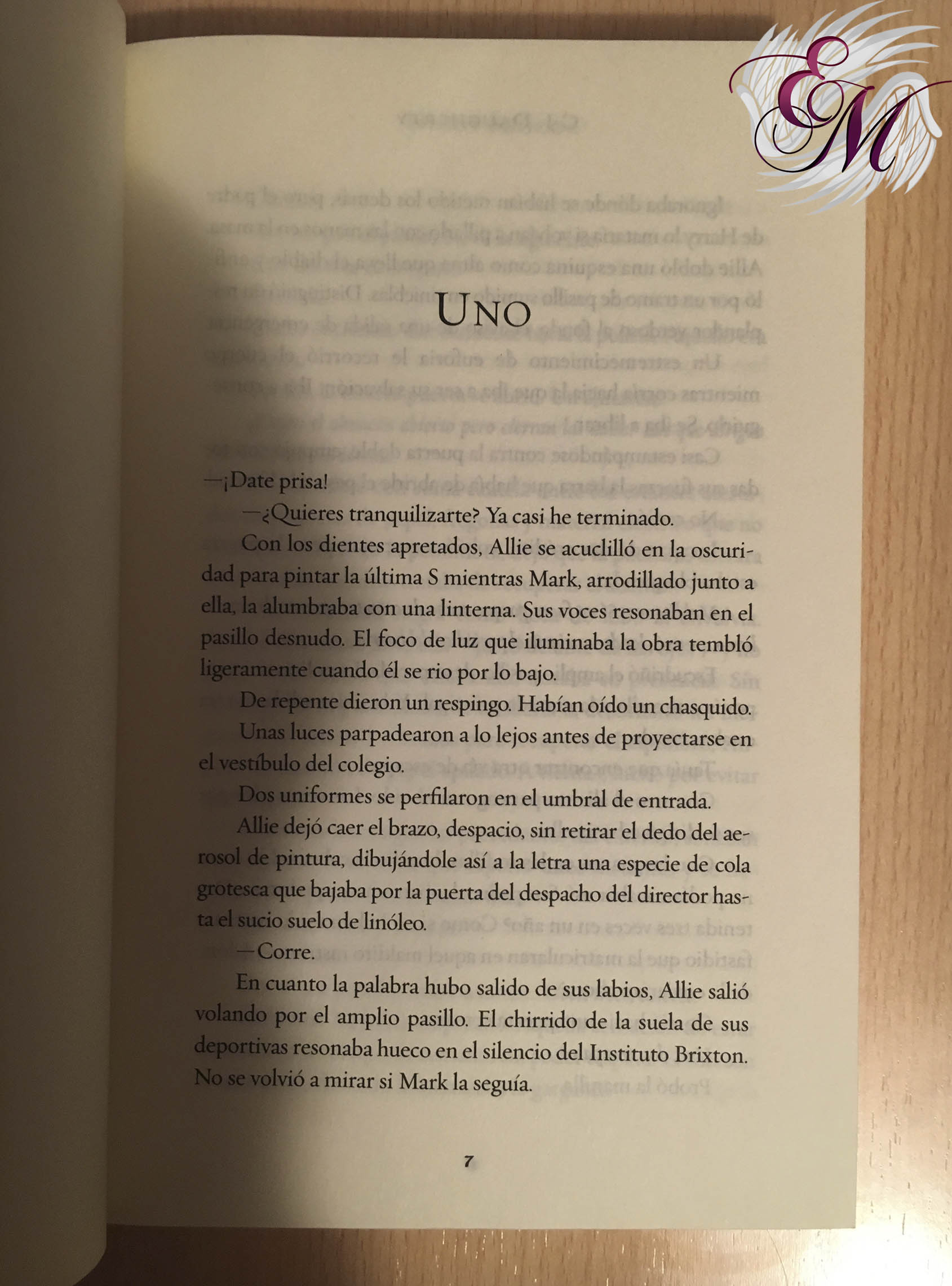 El legado, de CJ Daugherty - Reseña