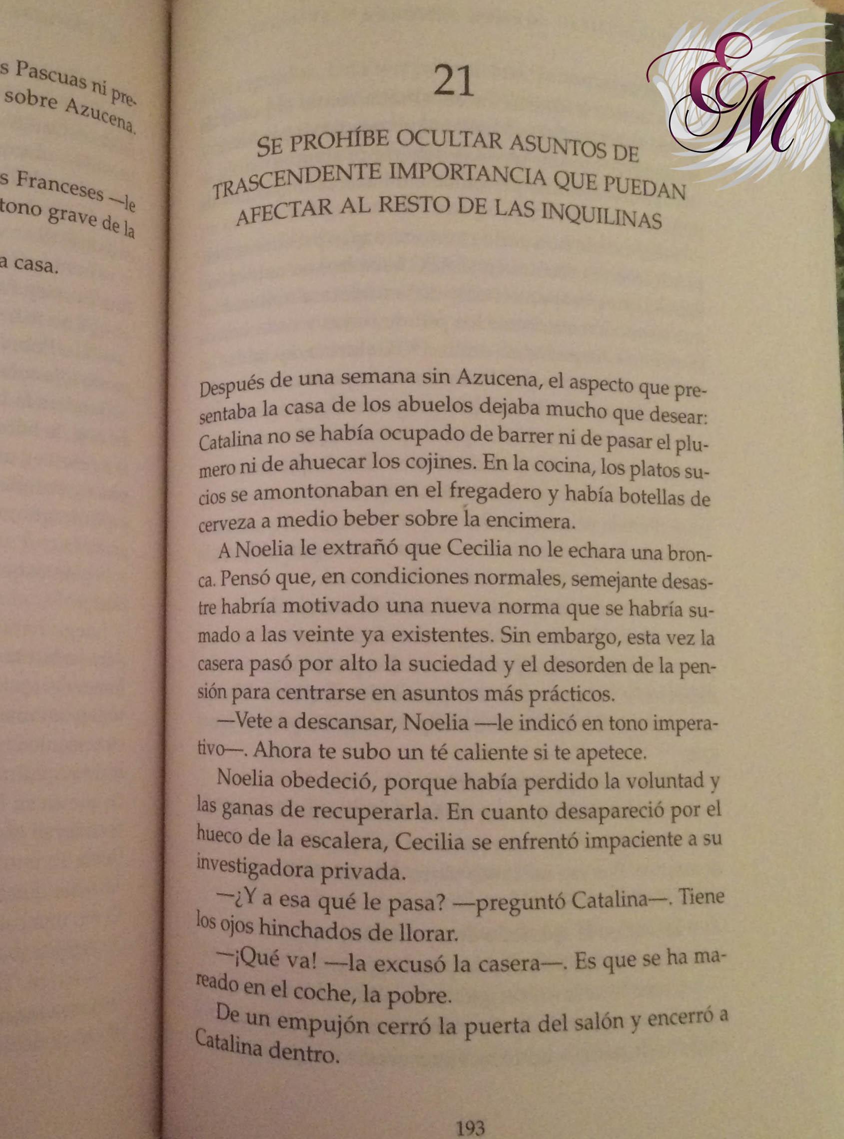 Se prohíbe mantener afectos desmedidos en la puerta de la pensión, Mamen Sánchez - Reseña