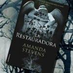 La Restauradora, de Amanda Stevens – Reseña