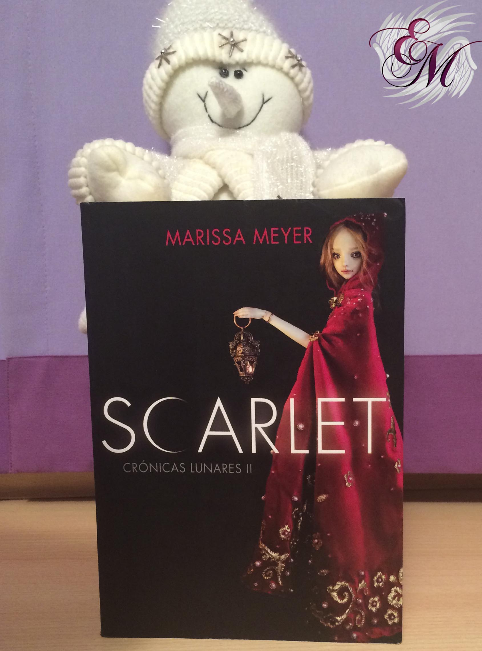 Scarlet, de Marissa Meyer - Reseña