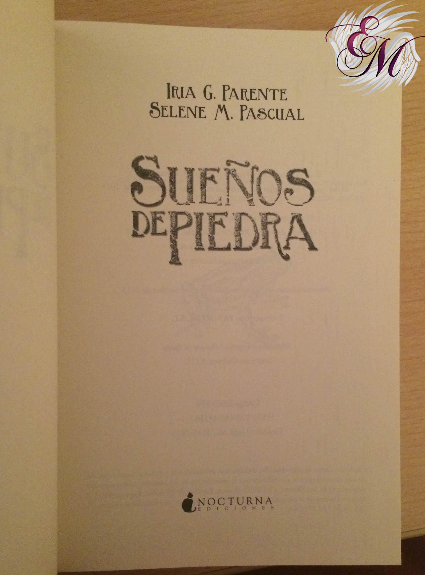 Sueños de Piedra - pagina editorial