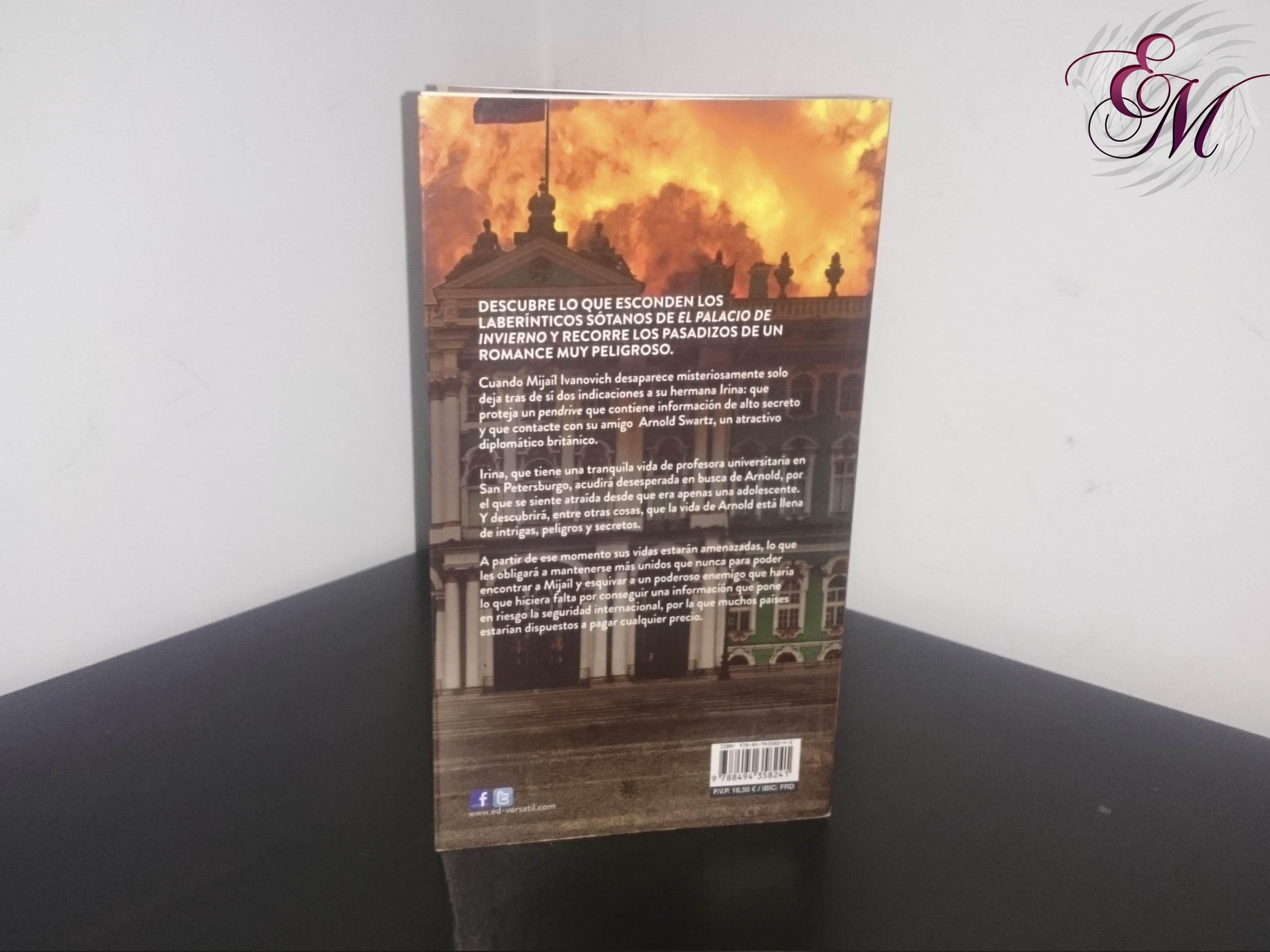 Palacio de invierno, de Menchu Garcerán - Reseña