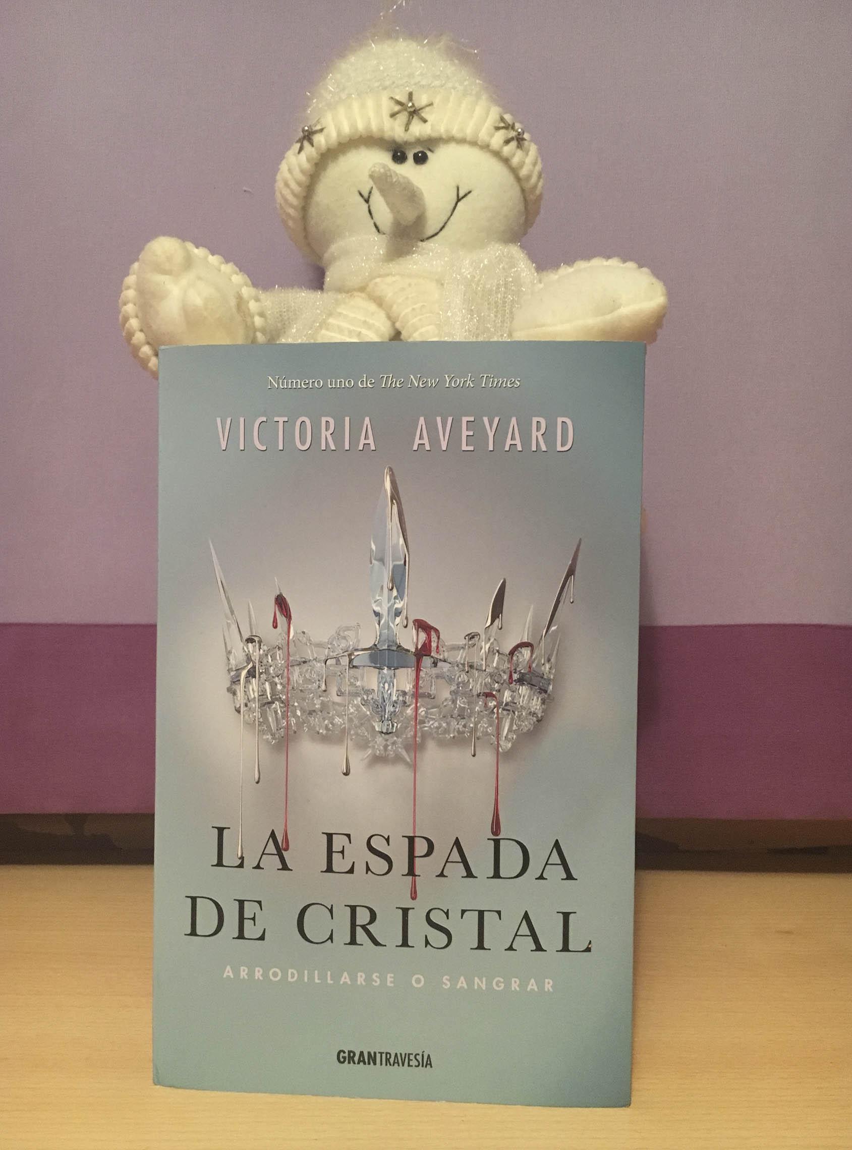 La Espada de Cristal, de Victoria Aveyard - Reseña