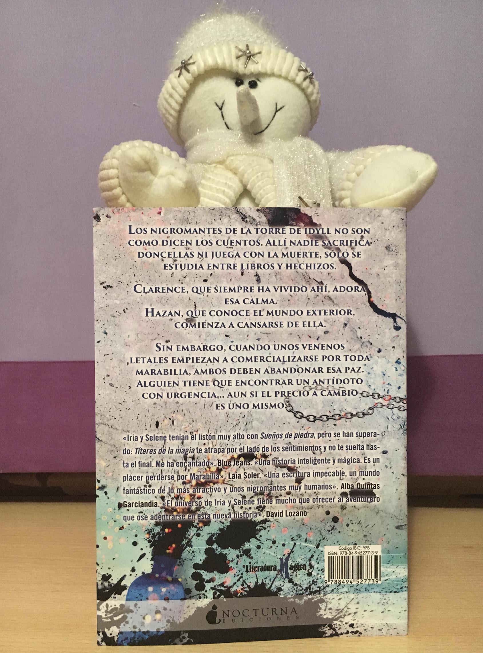 Títeres de la magia, de Iria G. Parente y Selene M. Pascual - Reseña