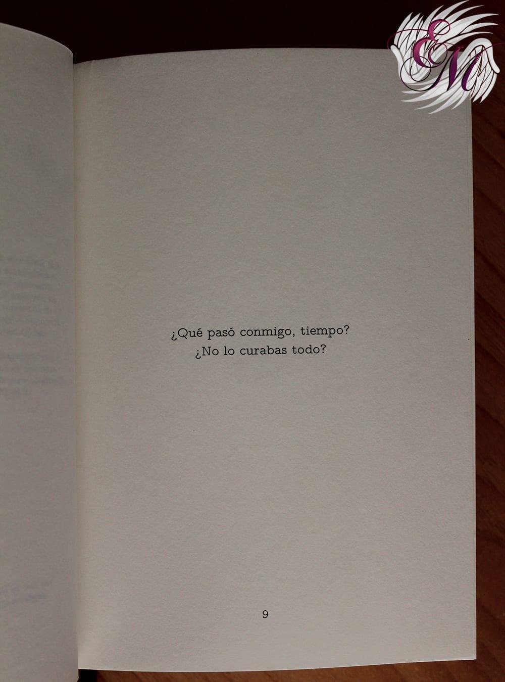 El tiempo. Todo. Locura, de Mónica Carrillo - Reseña