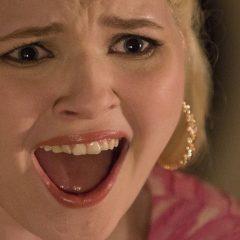 Scream Queens: La actriz que da vida a Chanel #5 reconoce haber sufrido abusos sexuales.
