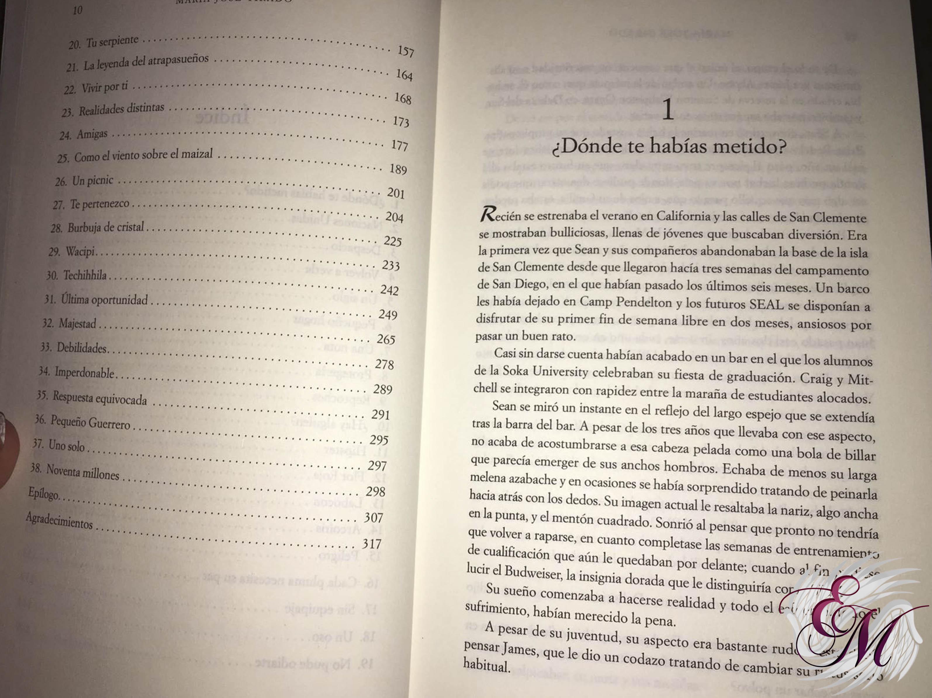 Acero bajo la piel, de María José Tirado - Reseña