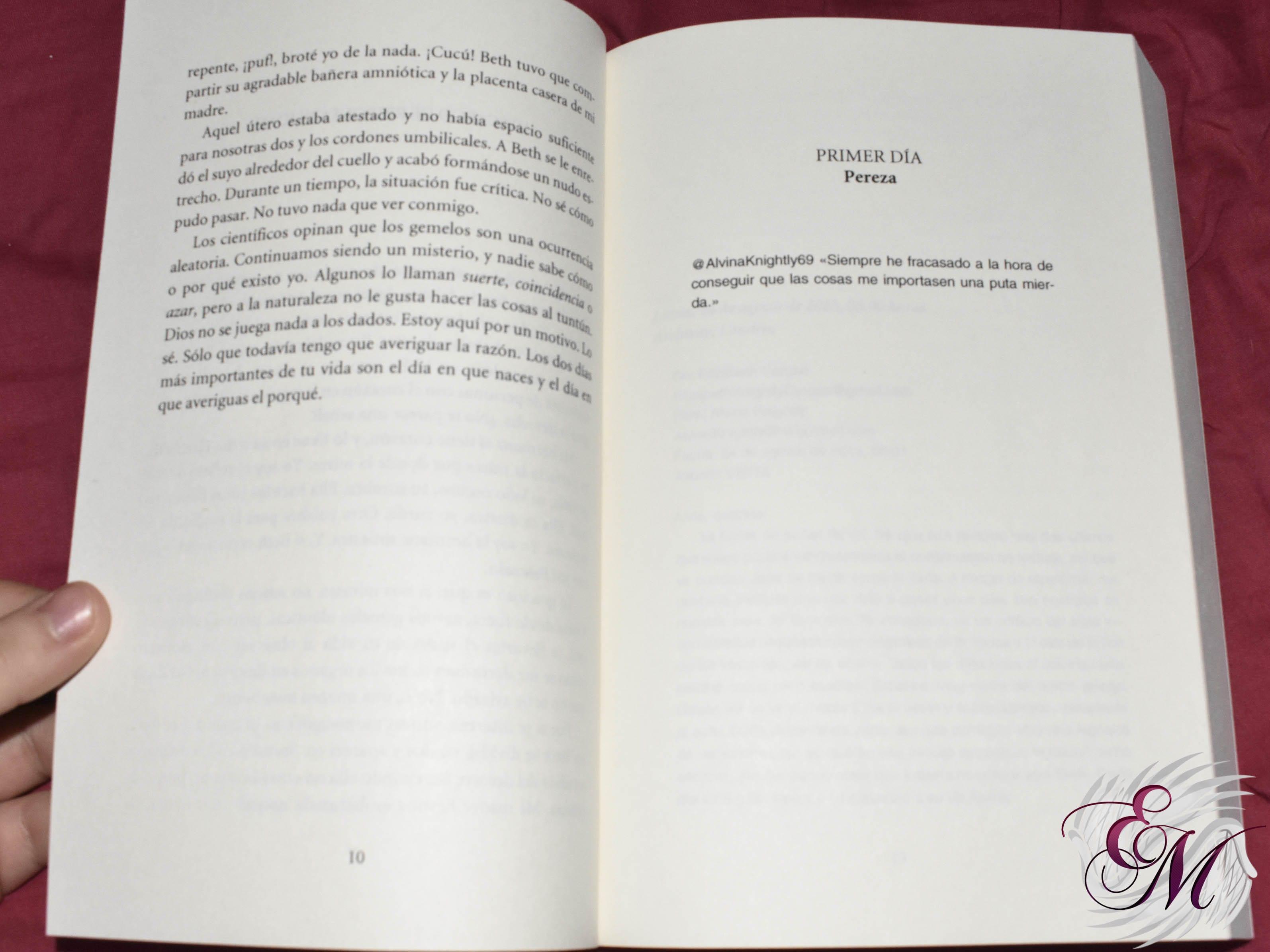 Loca, de Chloé Esposito - Reseña