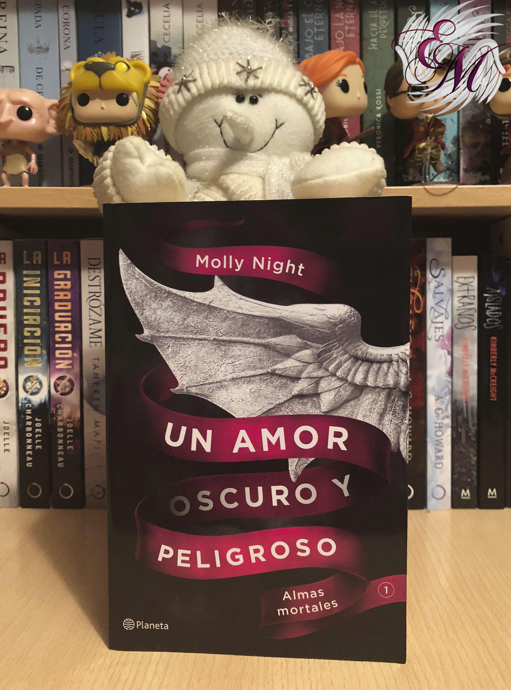 Un amor oscuro y peligroso, de Molly Night - Reseña