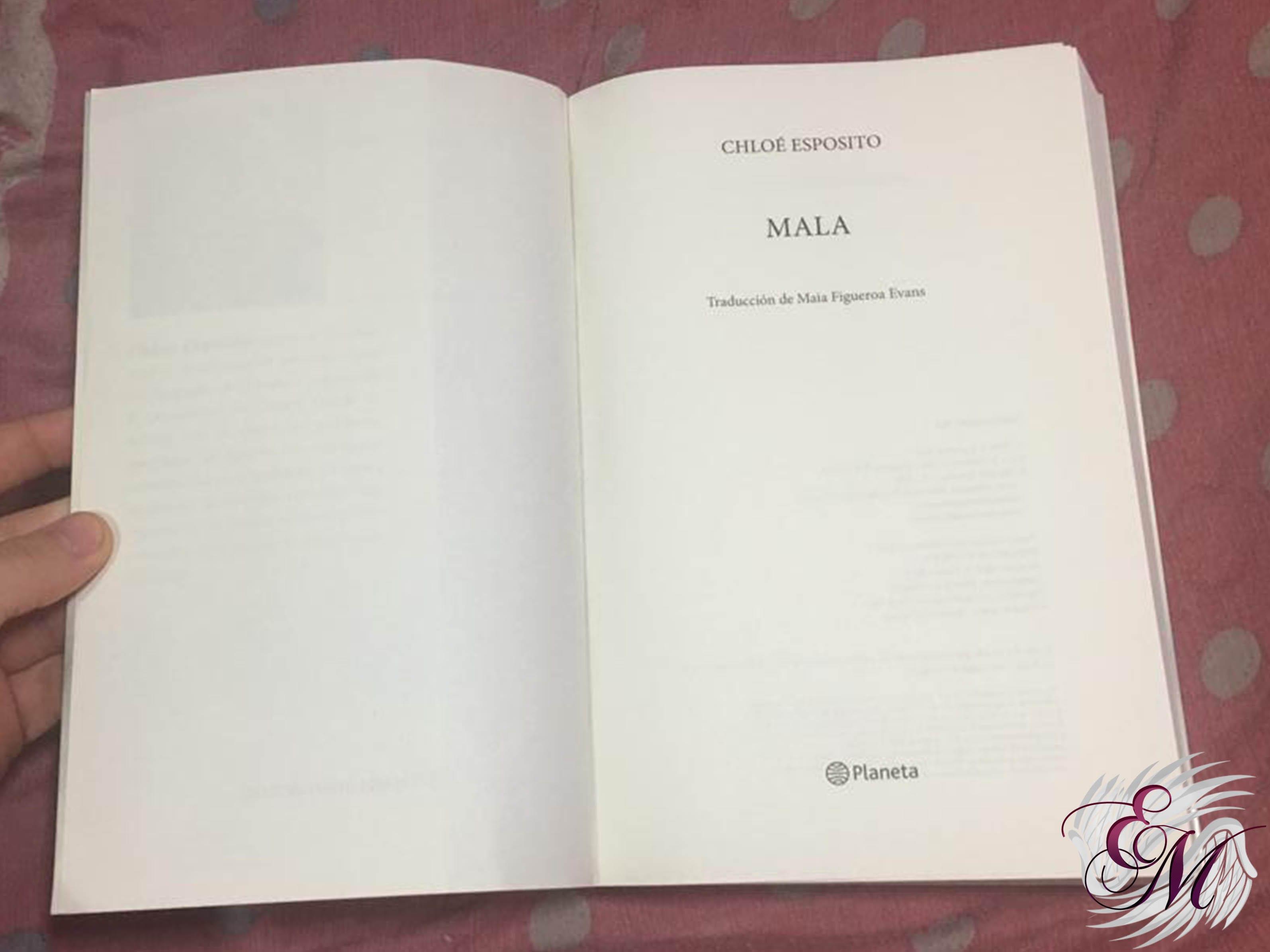 Mala, de Chloé Esposito - Reseña