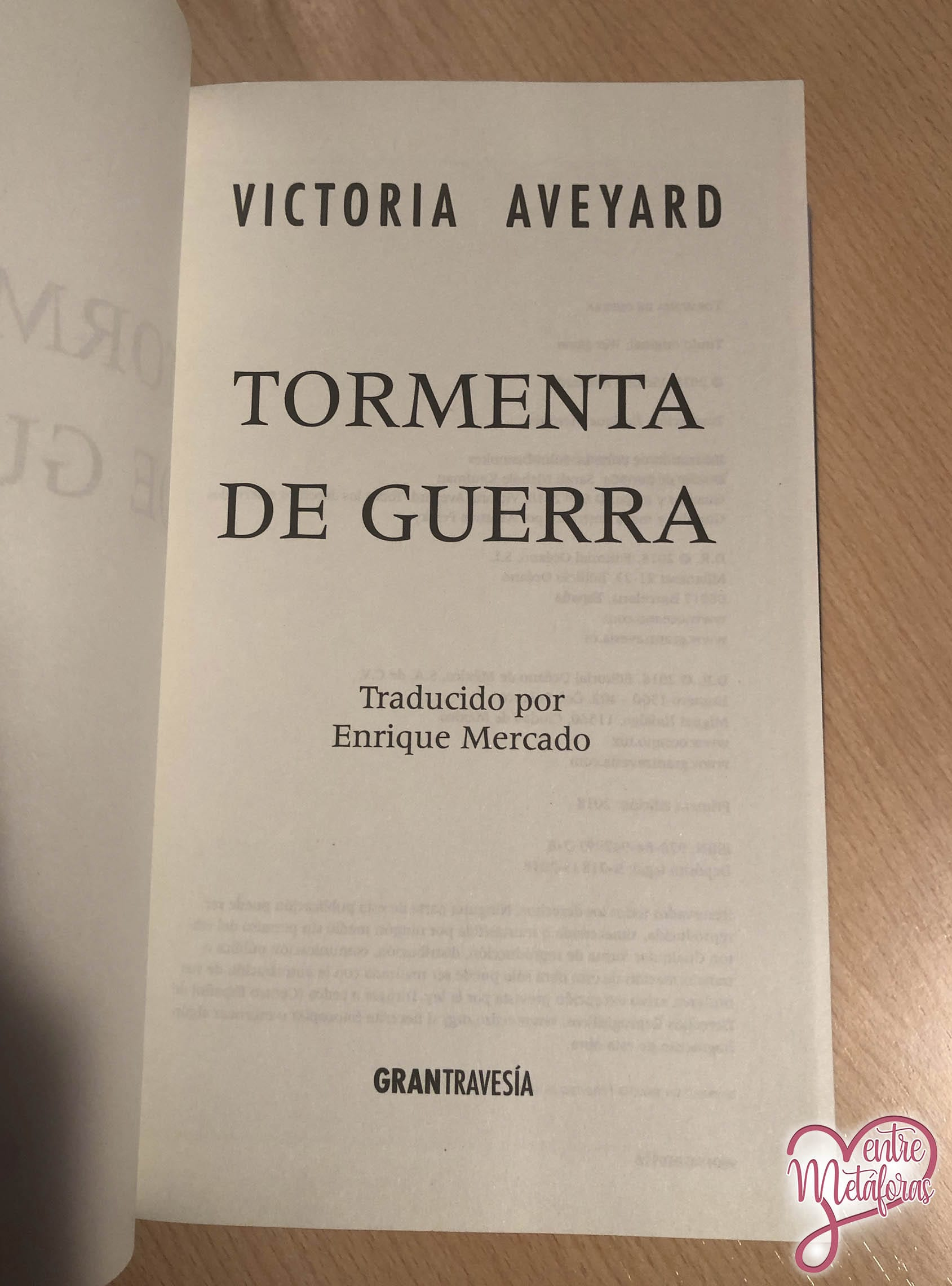 Tormenta de guerra, de Victoria Aveyard - Reseña