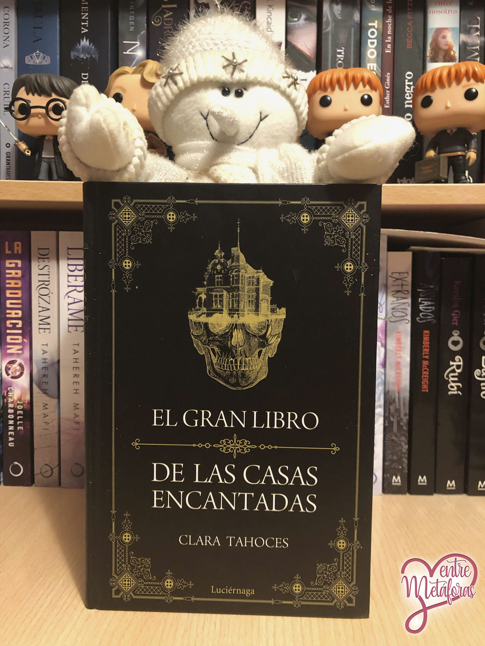 El gran libro de las casas encantadas, de Clara Tahoces - Reseña