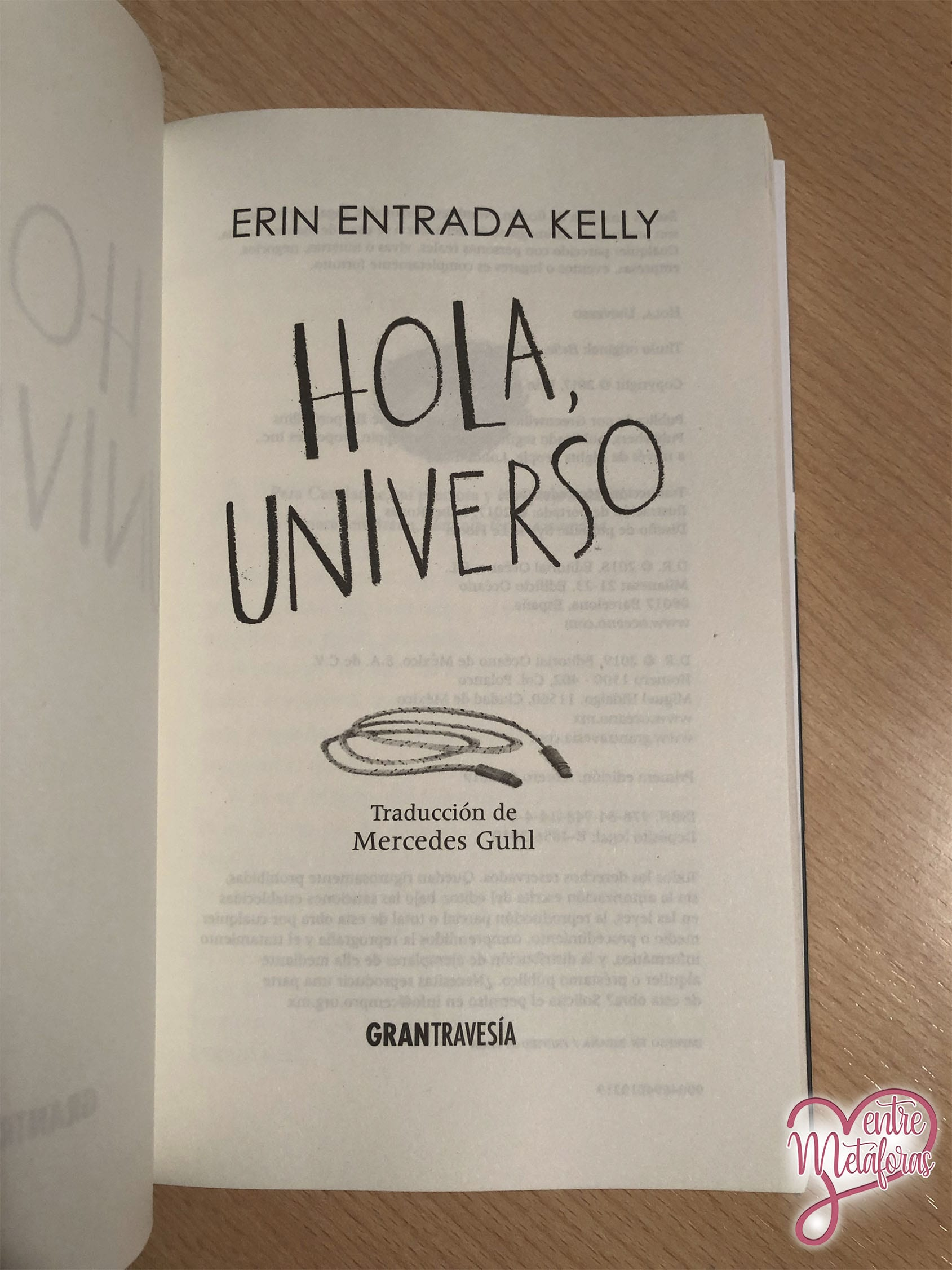 Hola, universo de Erin Entrada Kelly - Reseña