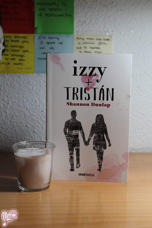 Izzy + Tristán, de Shannon Dunlap – Reseña