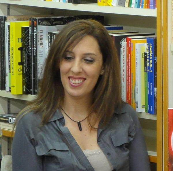 Laura Nuño foto ficha