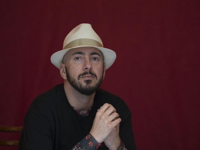 Massimo Bisotti foto ficha